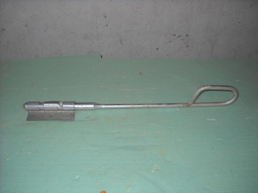 targette en fer galvanisé 40 cm 3 Lézan (30)