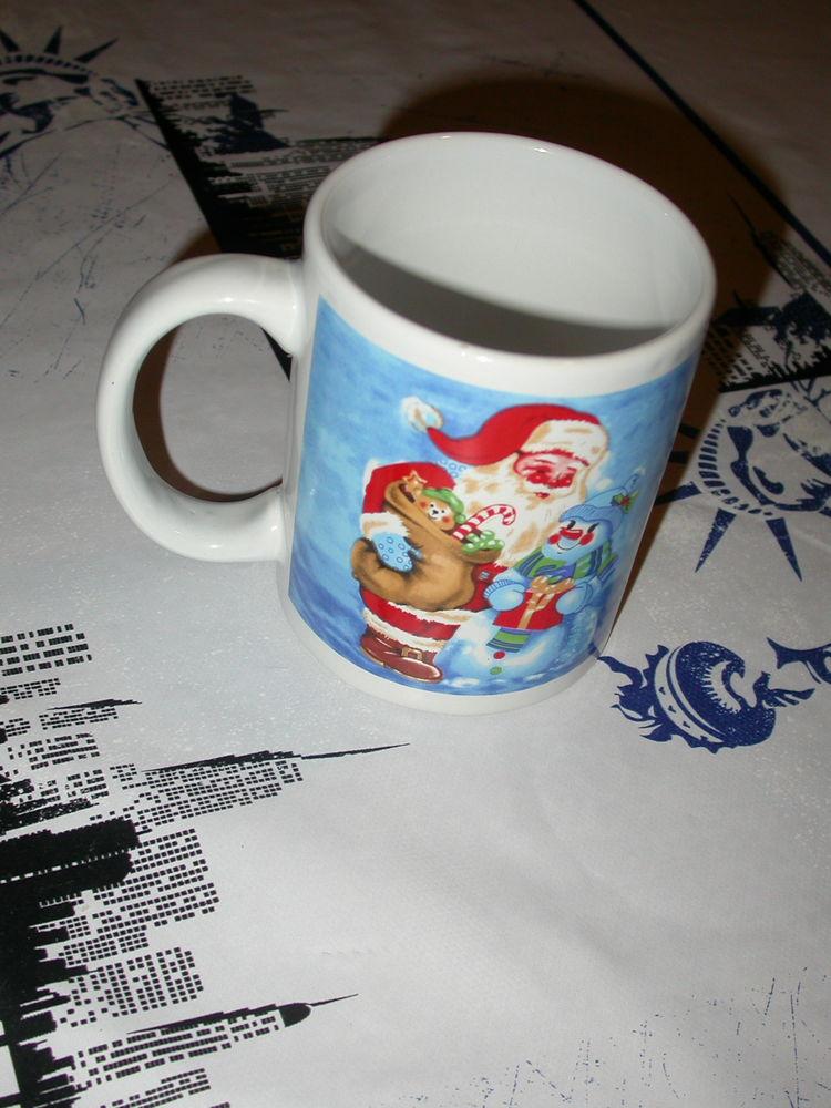 tasse mug Père Noël   5 Auvers-sur-Oise (95)