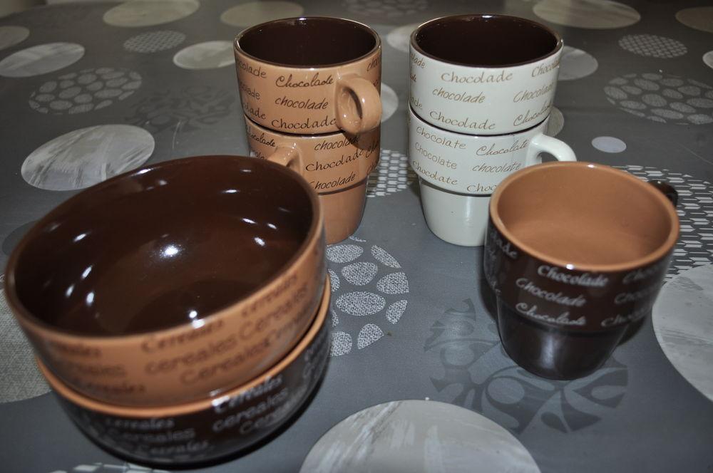 Tasses et bols pour petit déjeuner 5 Perreuil (71)