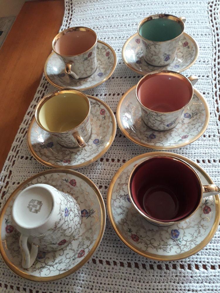 TASSES A CAFÉ ANCIENNES Décoration