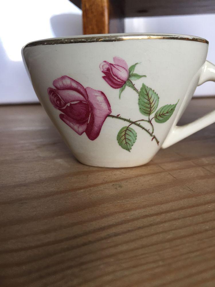 Tasses à café anciennes 2 Soissons (02)