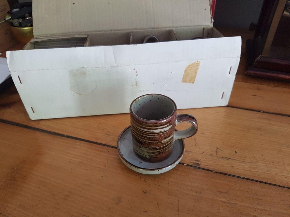 6 tasses à café avec leurs sous-tasses 10 Aix-les-Bains (73)