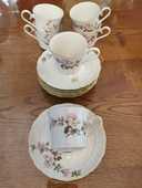 Tasses à thé et soucoupes Langenthal 45 Saint-Genis-Pouilly (01)