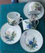3 Tasses et ss-tasses porcelaine de Limoges, papillon, fleur