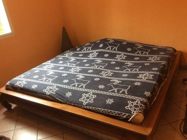lits occasion la r union 97 annonces achat et vente de lits paruvendu mondebarras page 9. Black Bedroom Furniture Sets. Home Design Ideas