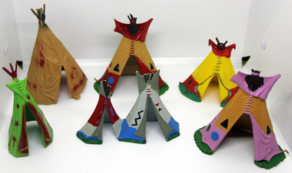 Lot de Teepees tipis indiens STARLUX 35 Issy-les-Moulineaux (92)