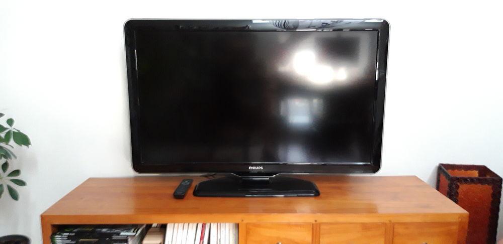 Télé PHILIPS 117 cm (46 pouces) 180 Beaugency (45)