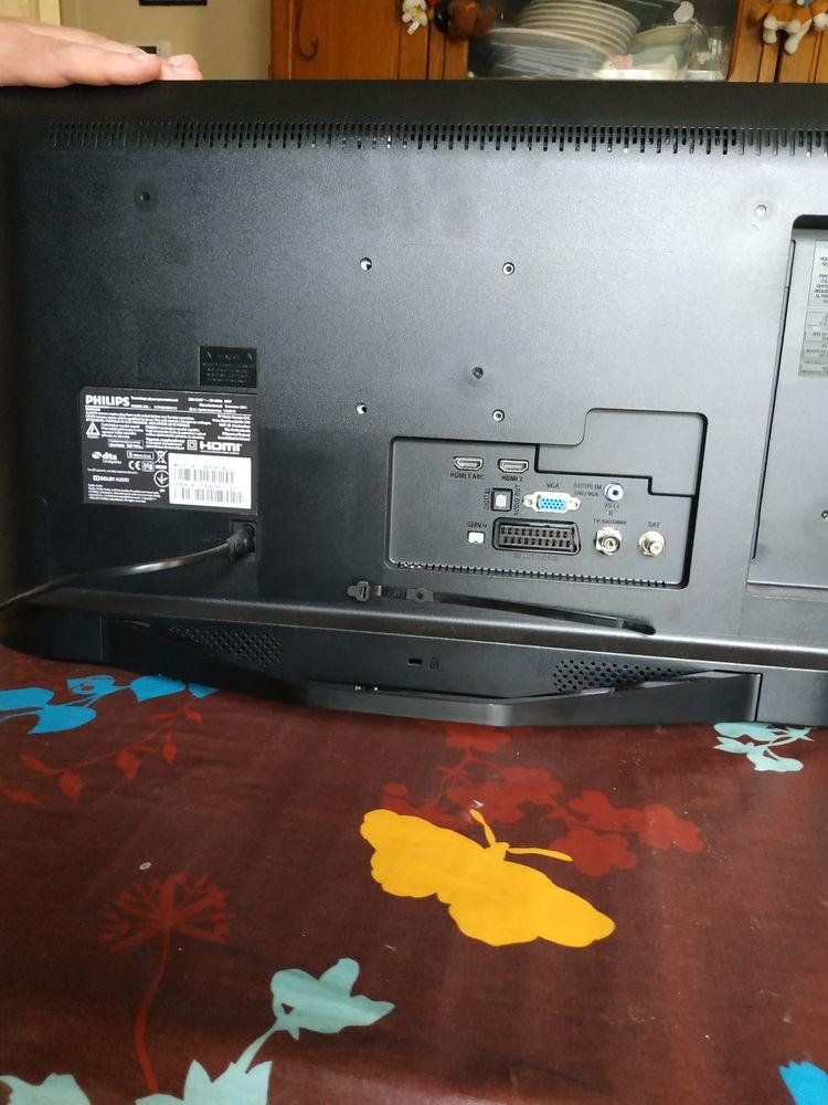 Télé Philips 60 cm  180 Reims (51)