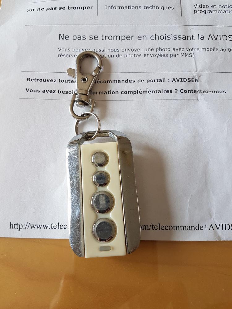 Portes de garage occasion en dordogne 24 annonces achat for Achat telecommande porte garage