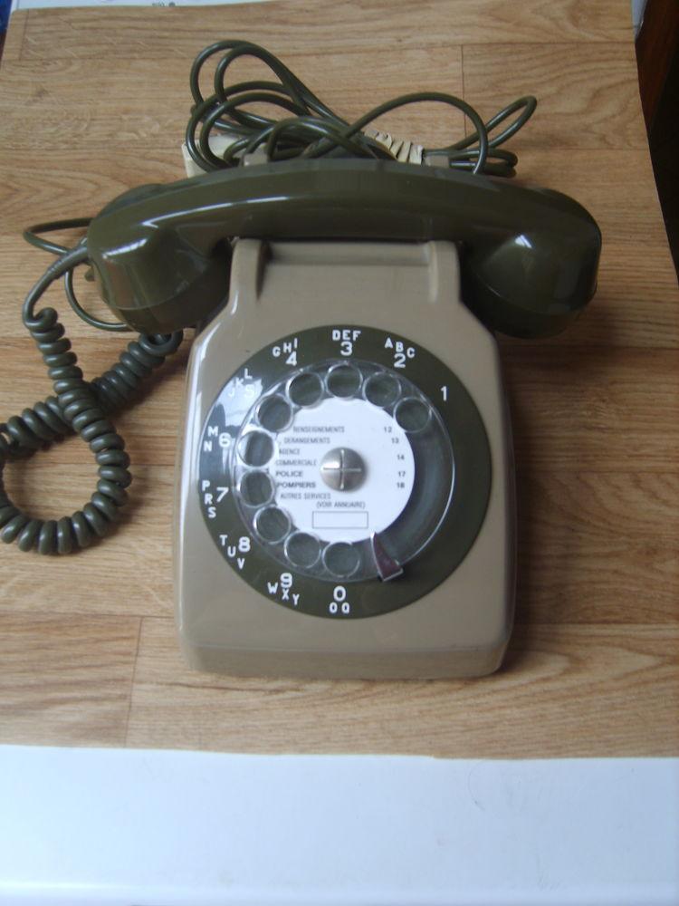 Téléphone ancien SOCOTEL 19 Béthune (62)