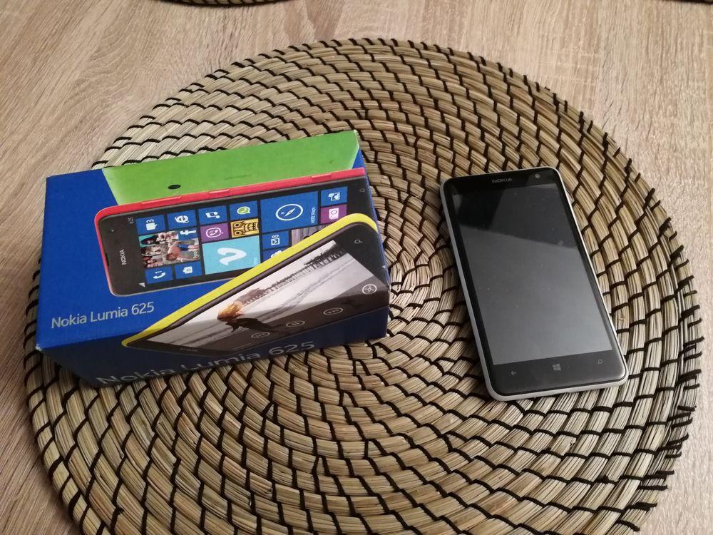 Téléphone Nokia Lumia 625  80 Rosny-sous-Bois (93)