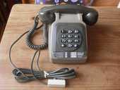 Téléphone vintage à touches 30 Toulon (83)