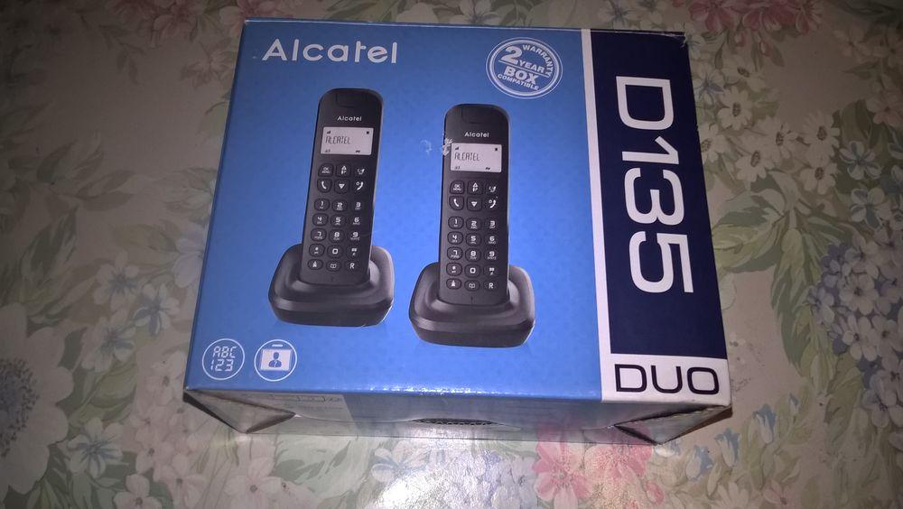Téléphones neufs ALCATEL DUO D135. 12 Flers-en-Escrebieux (59)