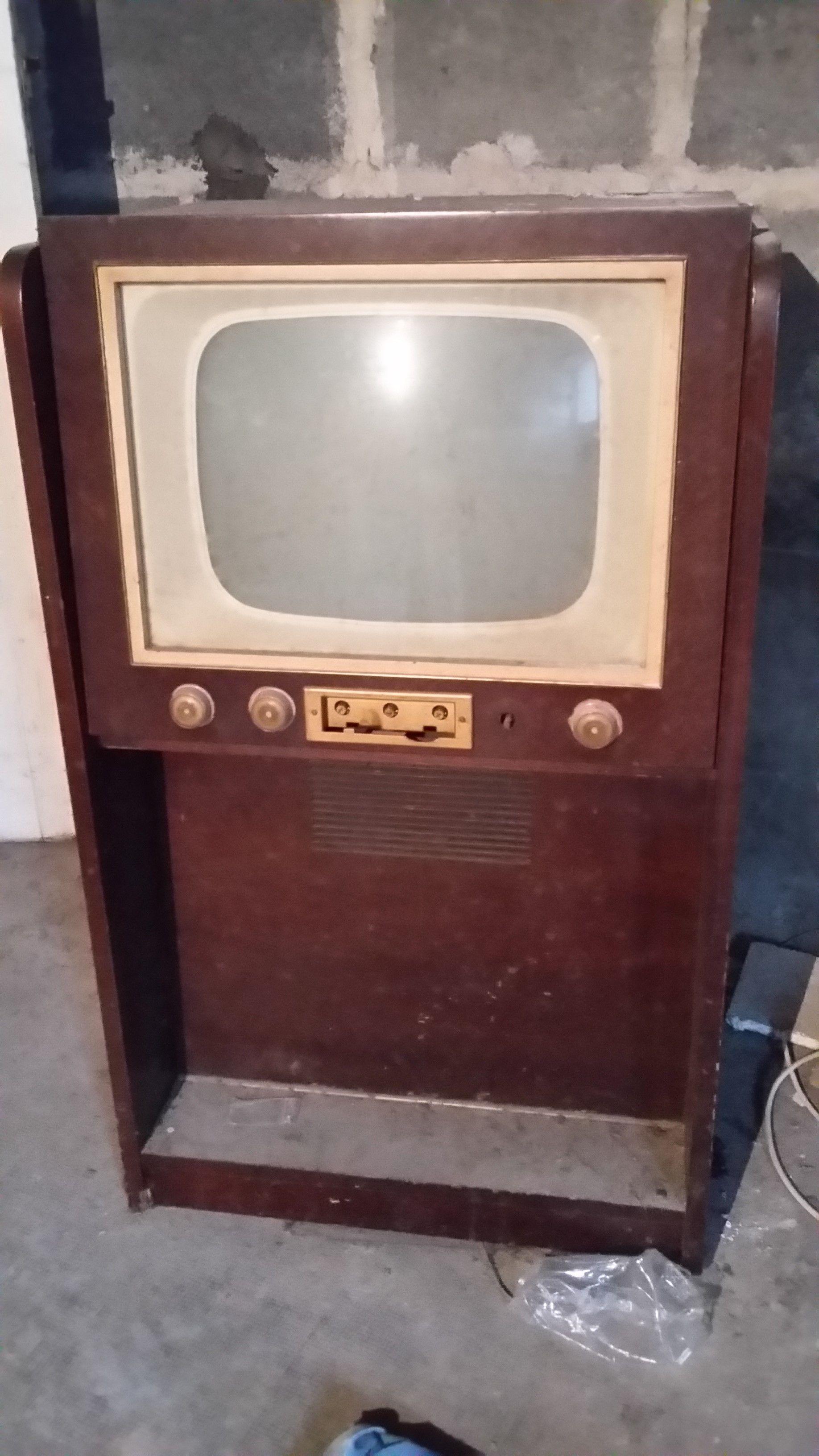 téléviseur années 1950 Meubles
