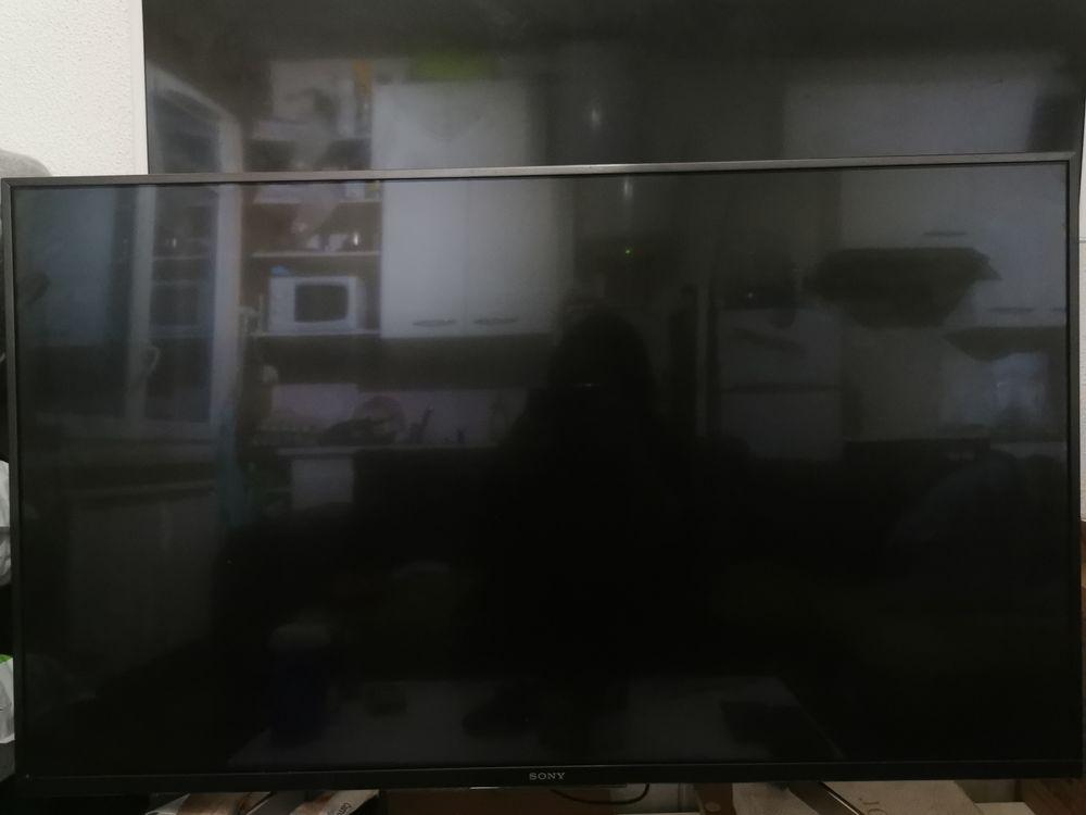 Téléviseur Bravia Sony 43XG8305 450 Villejust (91)