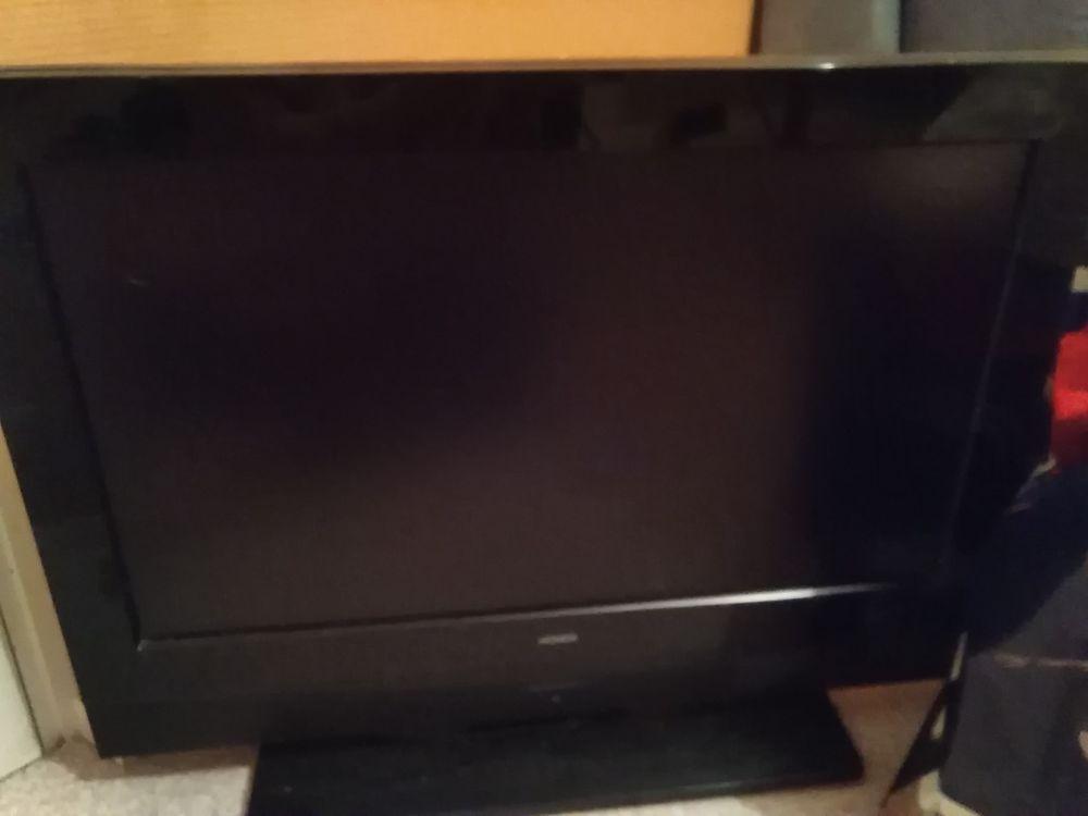 Téléviseur HAUER 68 cm 35 Sainte-Foy-l'Argentière (69)