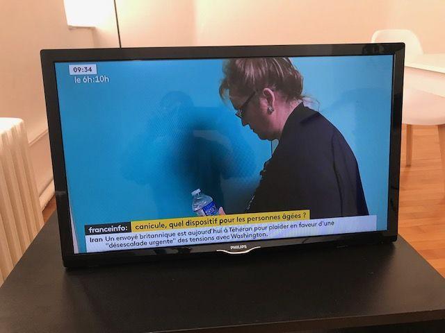 Téléviseur Philips 60 cm LED ultra plat 100 Bar-le-Duc (55)