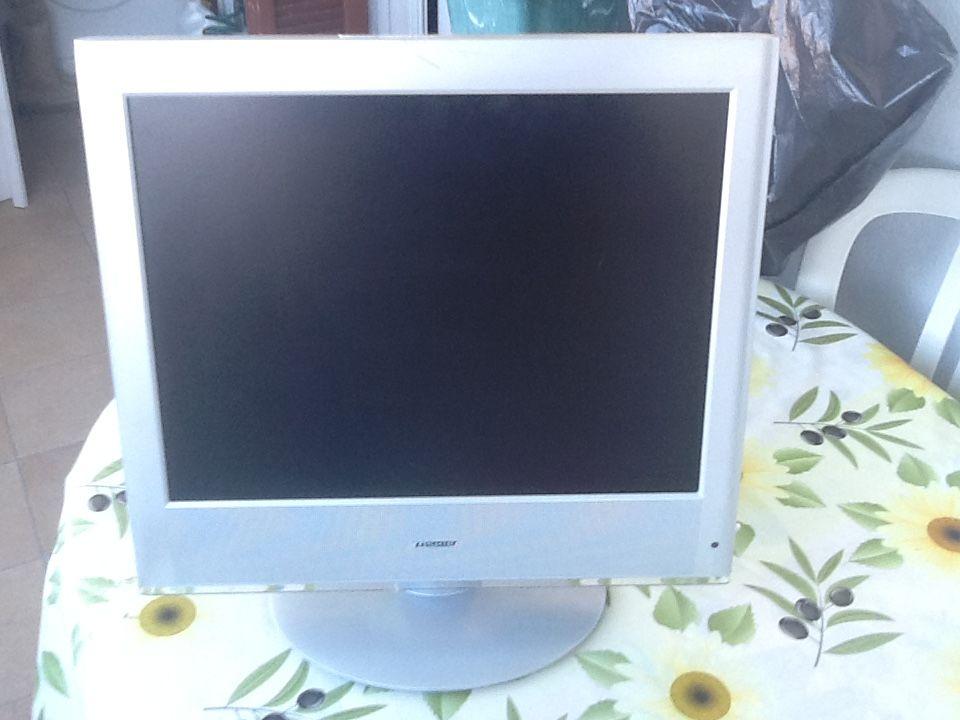 Téléviseur portable écran 51 cm extra plat Tishibq 50 Nice (06)