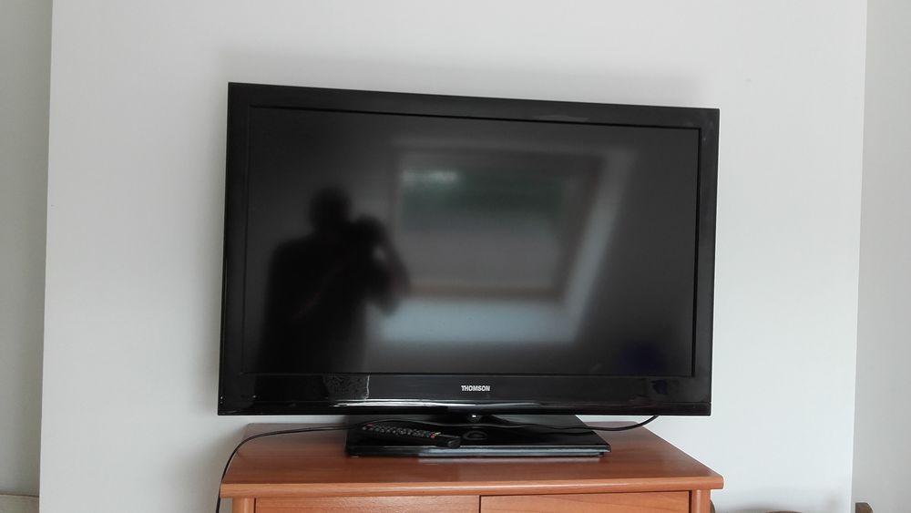 Téléviseur THOMSON 150 Ploumagoar (22)