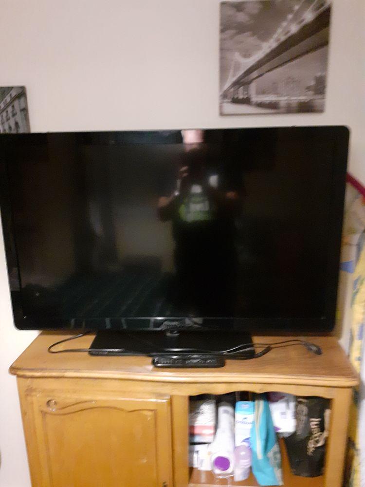 television a led 103cm 80 Langogne (48)