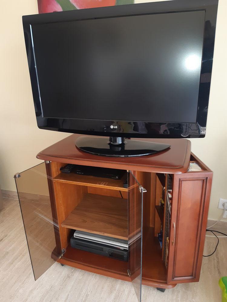 Télévision 96cm, LG + son meuble. 150 Antibes (06)
