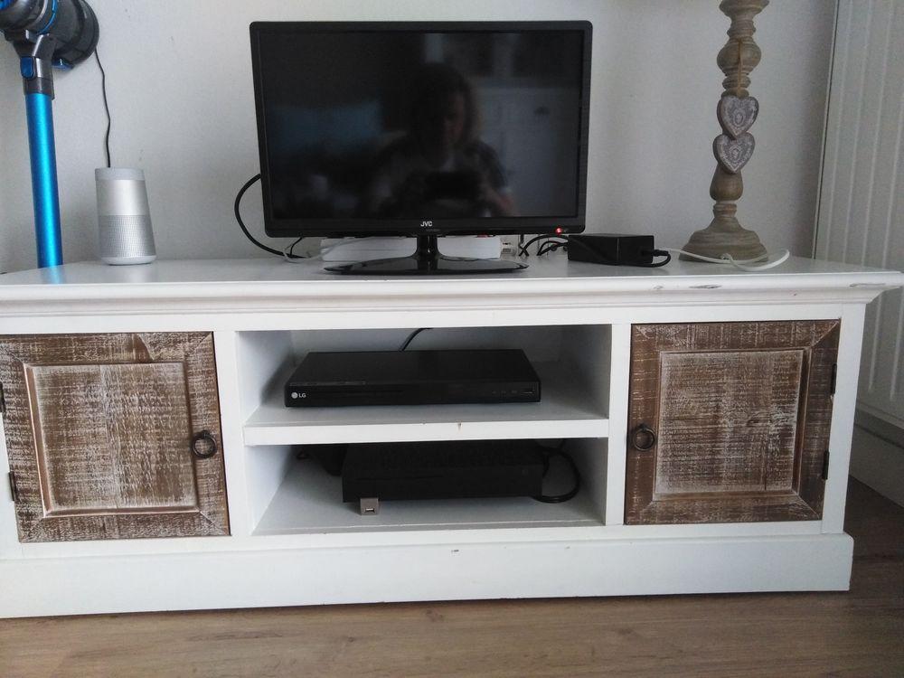 Television LED JVC 48 CM  Meuble TV 160 Pessac (33)