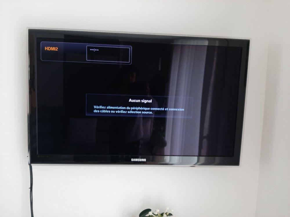 Télévision  200 Neuville-sur-Ain (01)