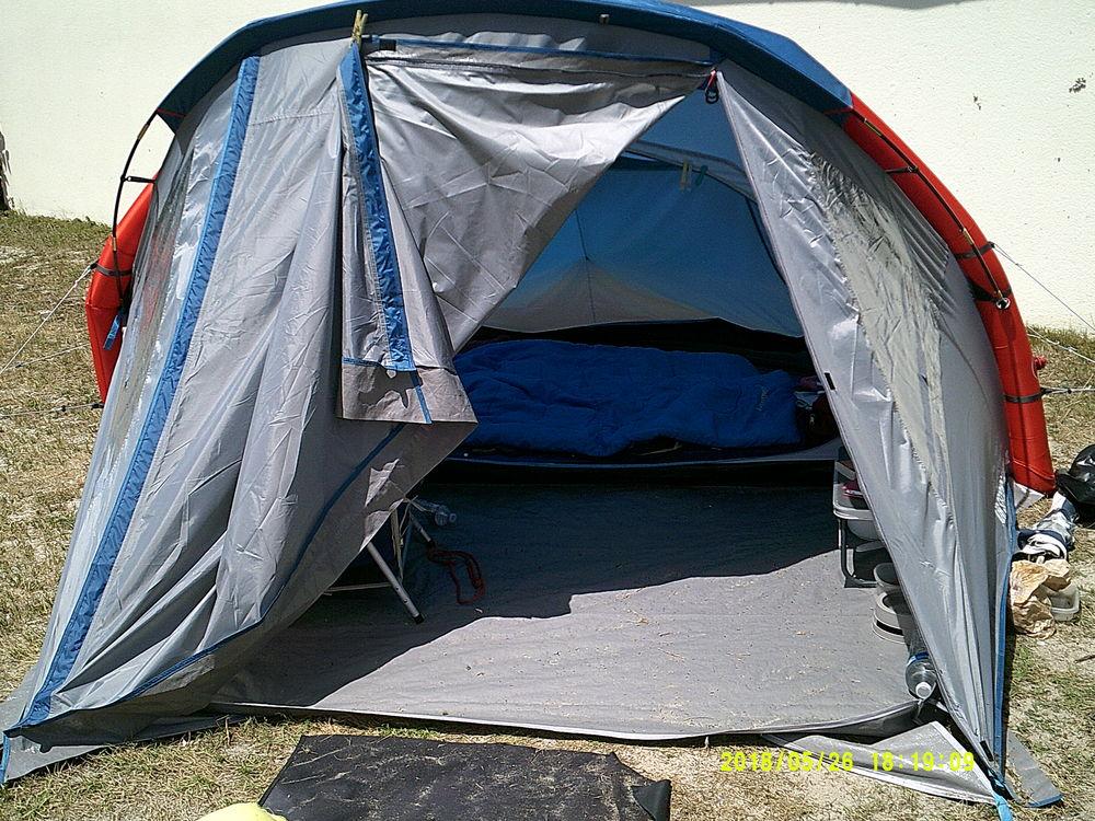 tentes quechua occasion annonces achat et vente de tentes quechua paruvendu mondebarras. Black Bedroom Furniture Sets. Home Design Ideas