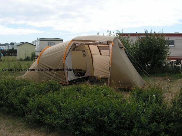 tentes quechua occasion annonces achat et vente de tentes quechua paruvendu mondebarras page 2. Black Bedroom Furniture Sets. Home Design Ideas