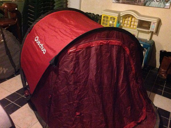 Tente Quesha pour camping Sports