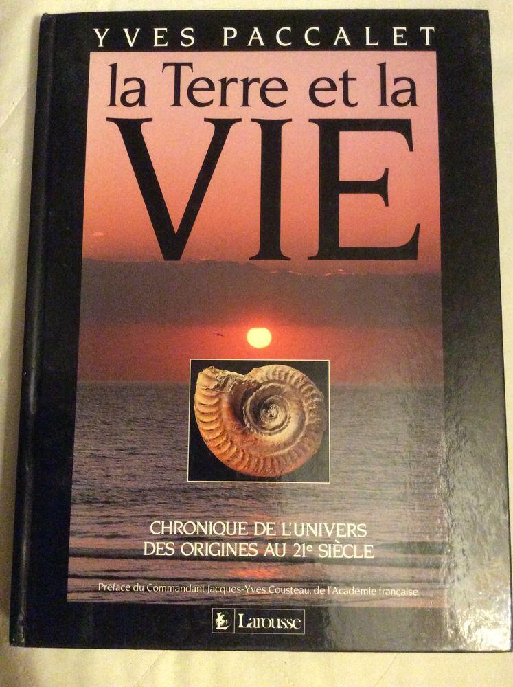 LA TERRE ET VIE PAR YVES PACCALET ÉDITIONS LAROUSSE 3 Paris 13 (75)