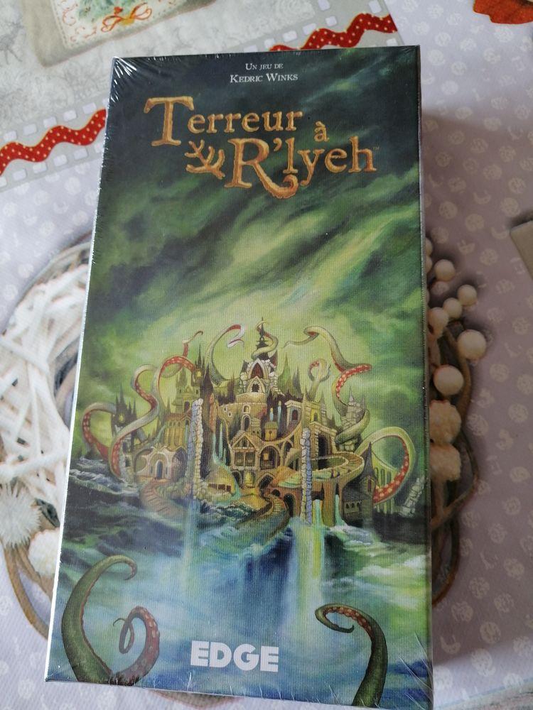 jeu   Terreur à R'lyeh     l'appel de Cthulhu   neuf  15 Saint-Pierre-du-Mont (40)