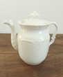 Théière , cafetière en porcelaine blanche , motif en relief