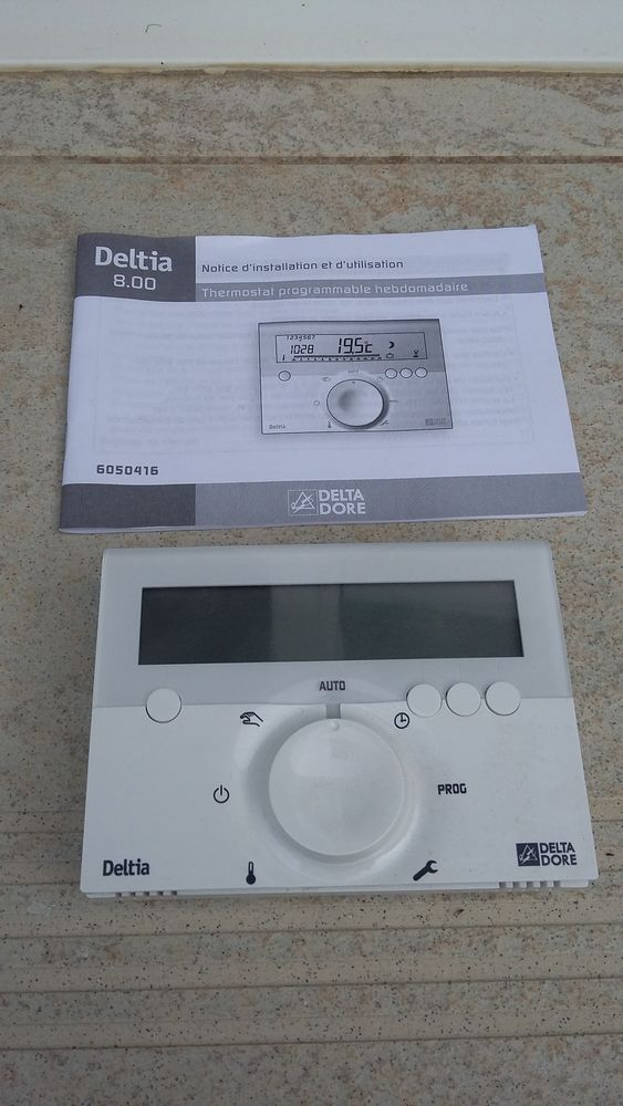 THERMOSTAT PROGRAMMABLE 30 Grand-Fougeray (35)