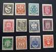 526 à 537 timbres avec charnières