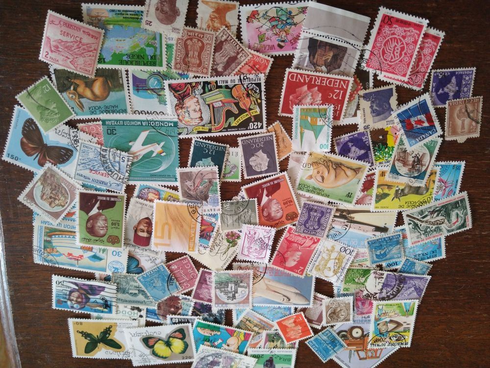 lot timbres étrangers 10 Thizy (89)
