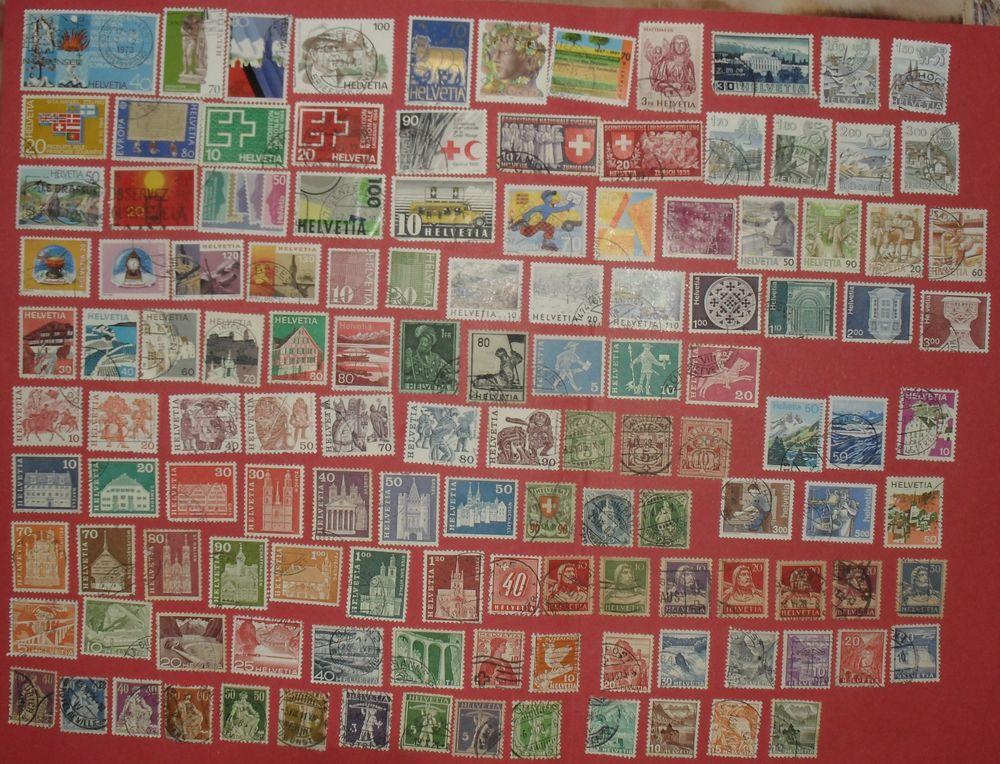 Lot de 127 timbres oblitérés de SUISSE. 17 Montreuil (93)