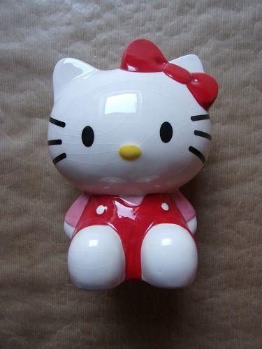 Tirelire Hello Kitty 4 Montaigu-la-Brisette (50)