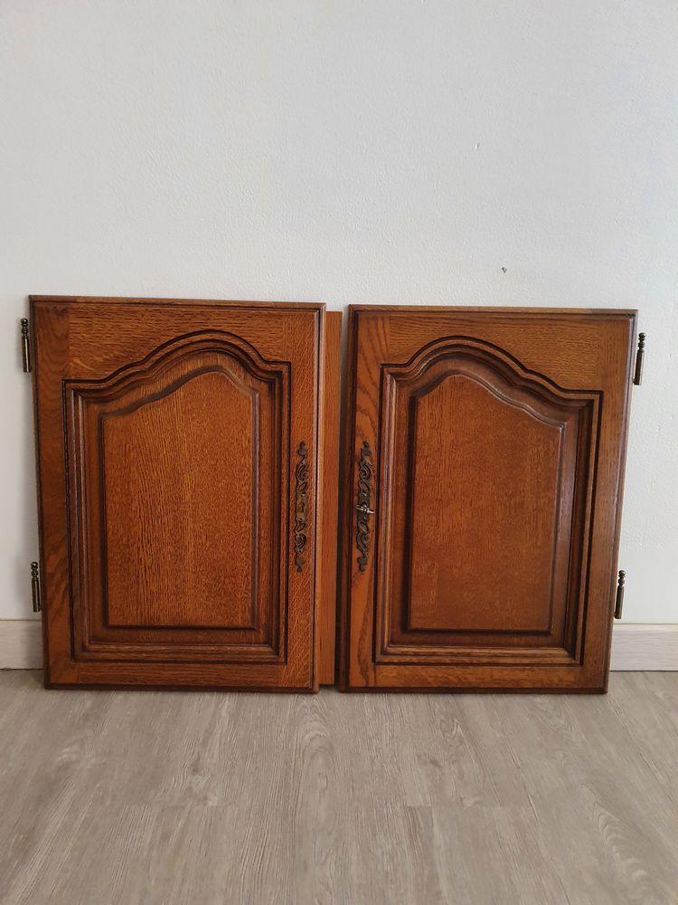 4 tiroirs avec guide 2 portes vitrées  2 portes pleines  0 Ollioules (83)