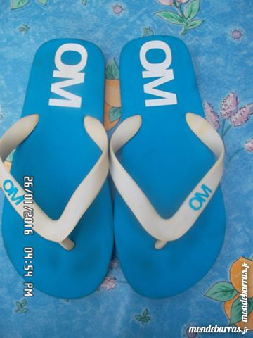 tongs bleu OM t.36 2 Chambly (60)