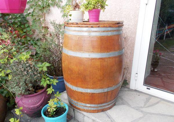 tables en bois occasion monflanquin 47 annonces achat et vente de tables en bois. Black Bedroom Furniture Sets. Home Design Ideas