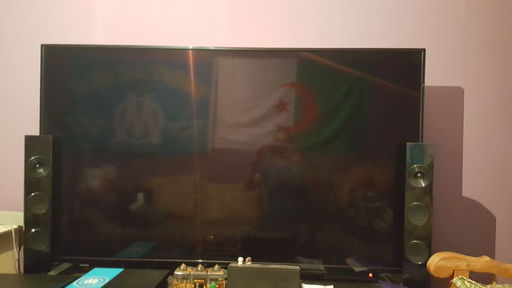 Tv Toshiba 164cm  450 Moulins (03)