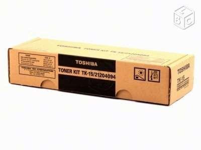 TOSHIBA Toner KIT TK 15/ 21204094 tout Neuf 12 Savigny-sur-Orge (91)