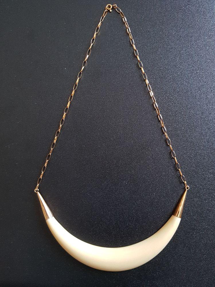 Tour de cou ivoire et or 18 carats 1000 Marignane (13)