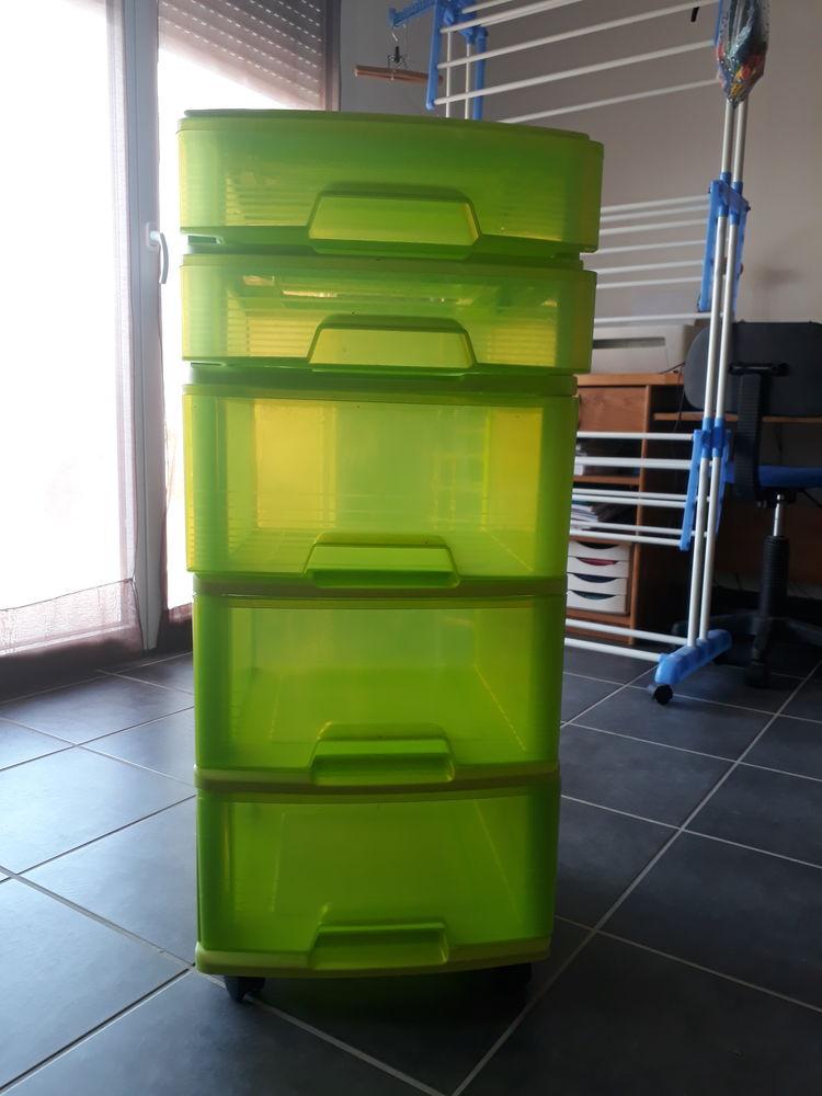 Tour de rangement plastique 10 Trévoux (01)