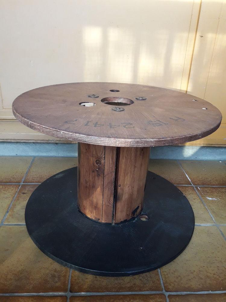 Achetez touret en bois a occasion, annonce vente à Sartrouville (78) WB156571603 # Touret Bois A Vendre