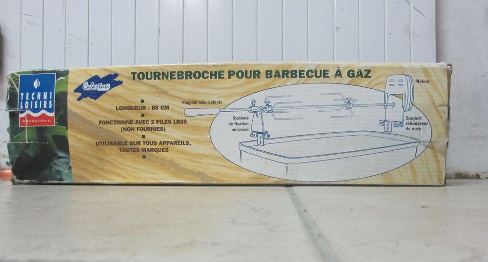Tourne Broche pour Barbecue   10 Vaux-sur-Mer (17)