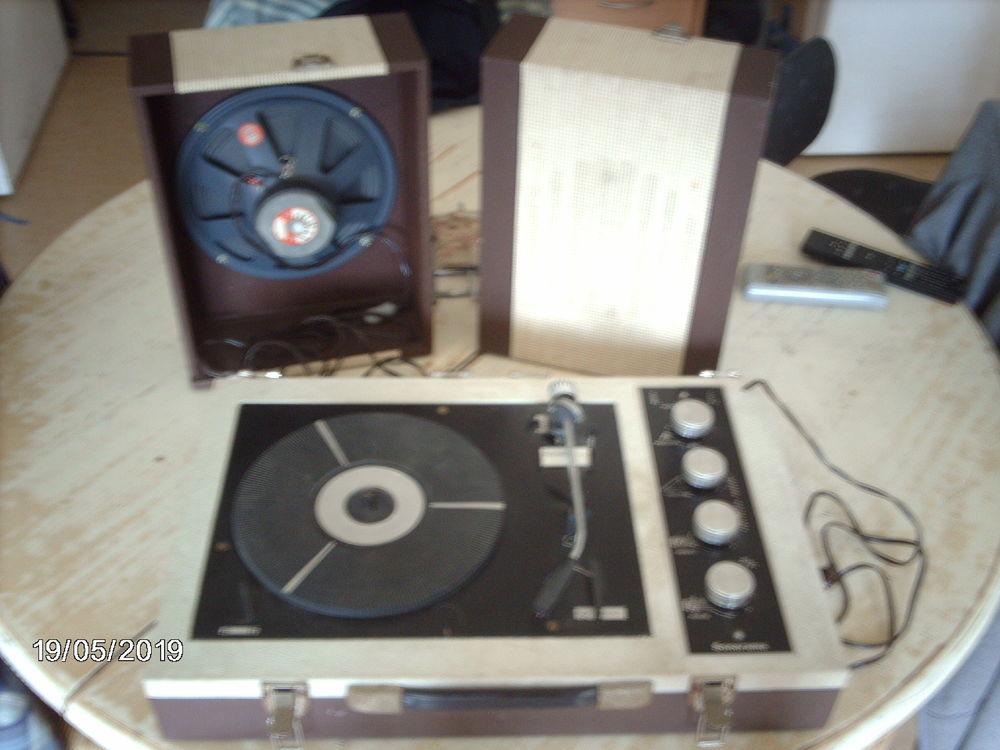 tourne disque vintage 0 Lillers (62)
