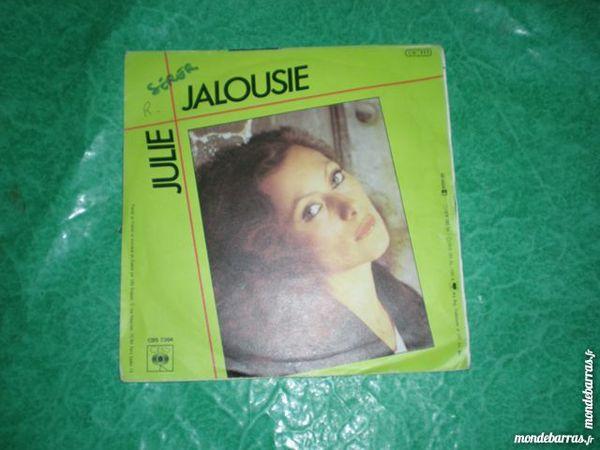 45 tours julie « magdalena » 1 Saleilles (66)