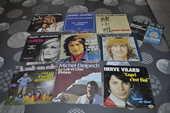 Lot de 45 tours vinyles avec  Michel Delpech  10 Perreuil (71)